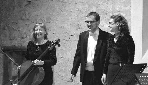 Trío Taciana Gómez (fl.), Pilar Juan (cello) y Sergio Bernal (p.)